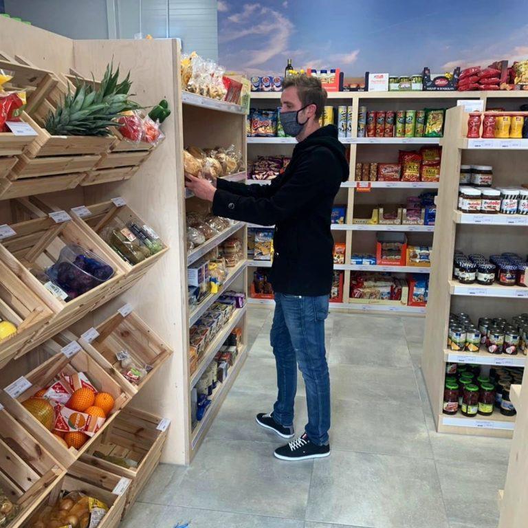 Christian Barthold bei den regionalen Produkten